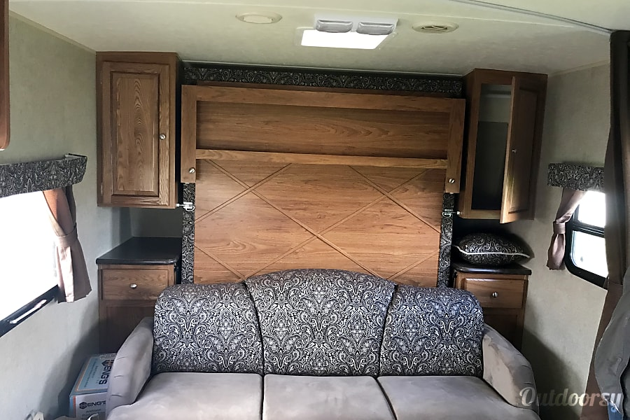 interior 2014 Forest River Rockwood Mini Lite New Richmond, WI