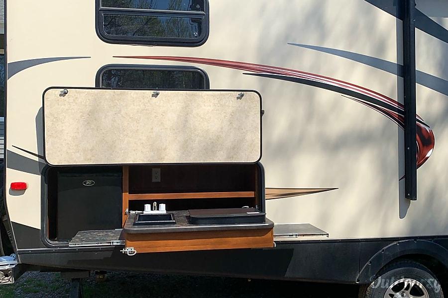 Fully Stocked: 2014 Keystone/Bullet Ultra Lite Quad Bunks Duluth, MN