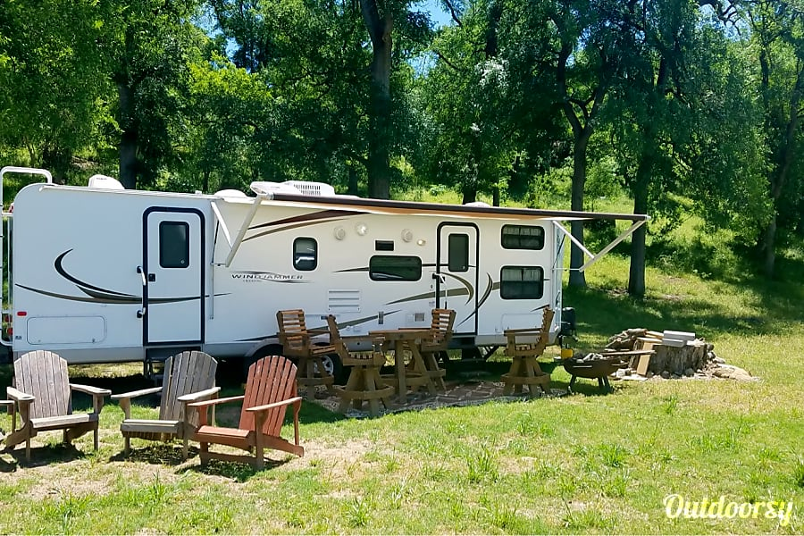 exterior Forest River Windjammer Vacationer Cibolo, TX
