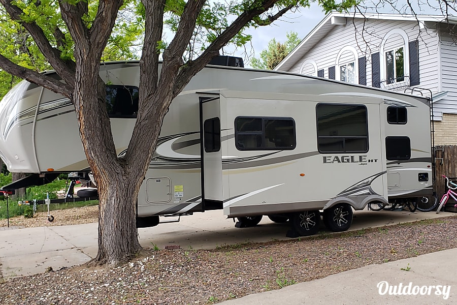 exterior 2017 Jayco Eagle HT 26.5BHS AURORA, CO