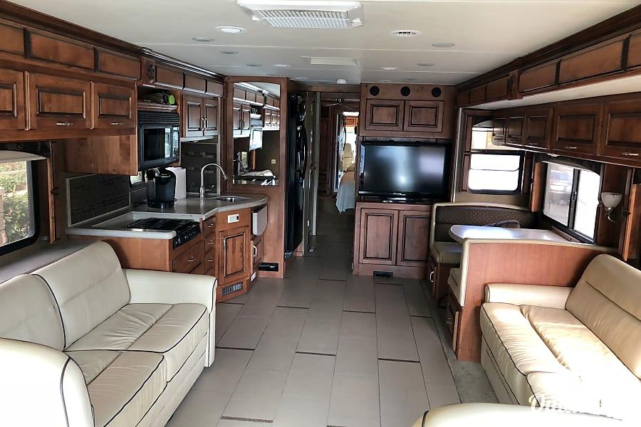 interior 2011 Monaco Knight San Marcos, CA
