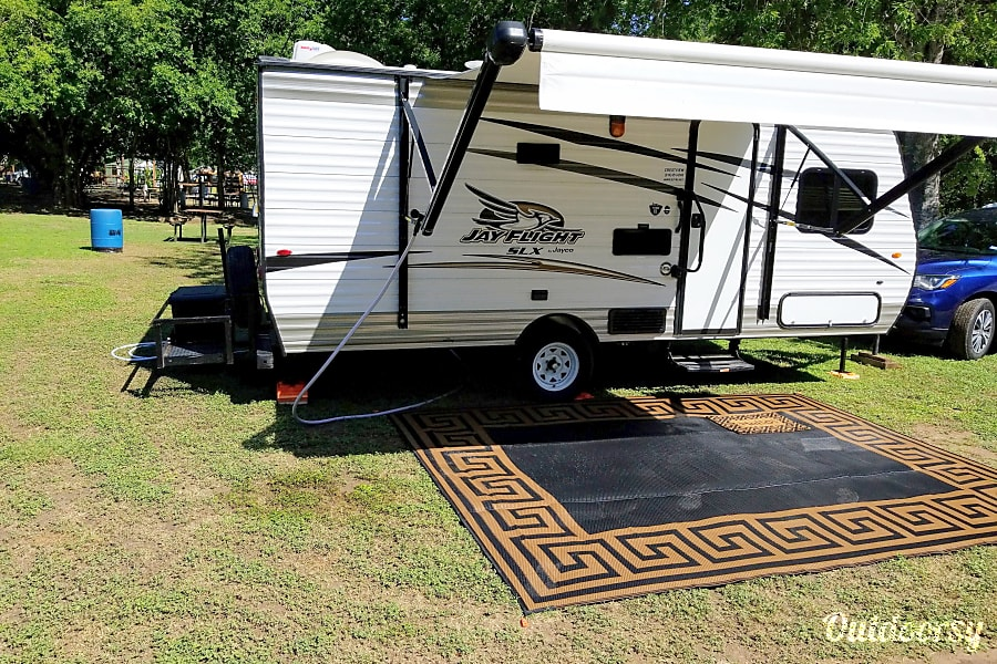 exterior Before booking please note! No pick up or drop off available.  Rates include we delivery/setup/pickup. Your campgrounds must be within 35 miles of my location. Seguin, TX