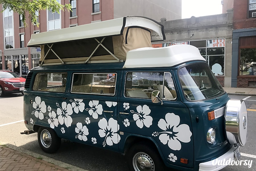Van Rental Ri >> 1979 Volkswagen Westfalia Motor Home Camper Van Rental In Providence