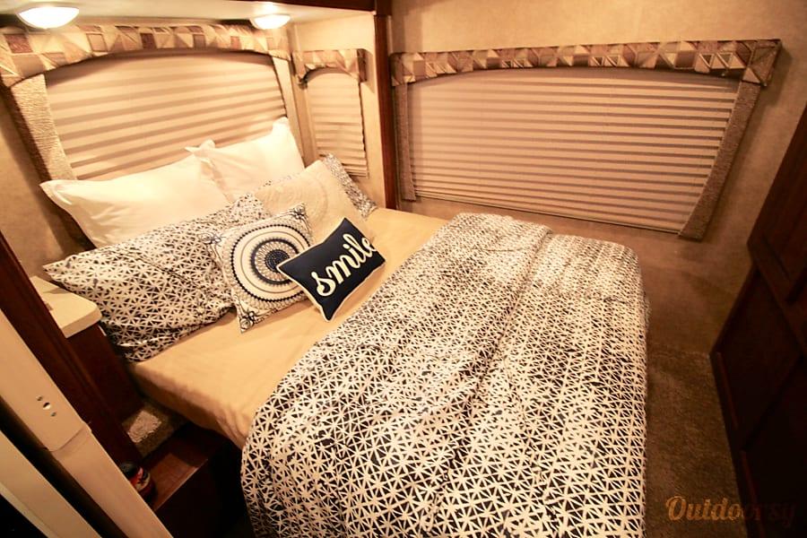 31' SunSeeker Luxury Rv Oceanside, CA