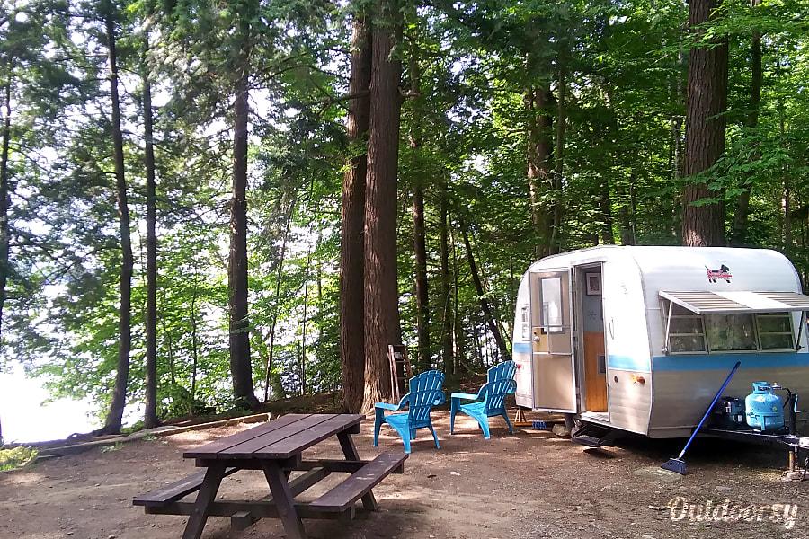 "exterior ""Beam Me Up, Scotty"" Vintage Camper Caroga Lake, NY"