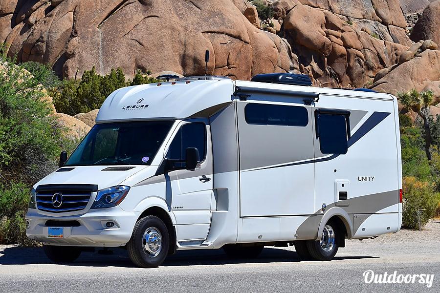 Leisure Travel Vans For Rent >> 2017 Leisure Travel Van Unity Mb24