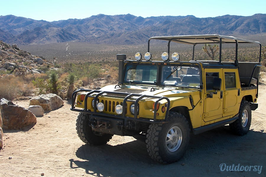 H-1 Joshua Tree Hummer - The Fiesta Yucca Valley, CA