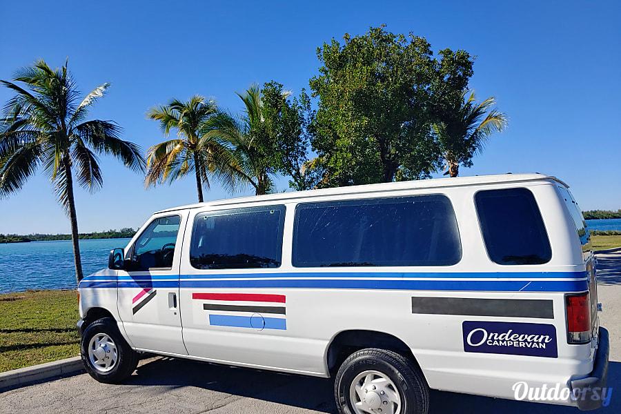 Arturito! (R2D2)! Hallandale Beach, FL