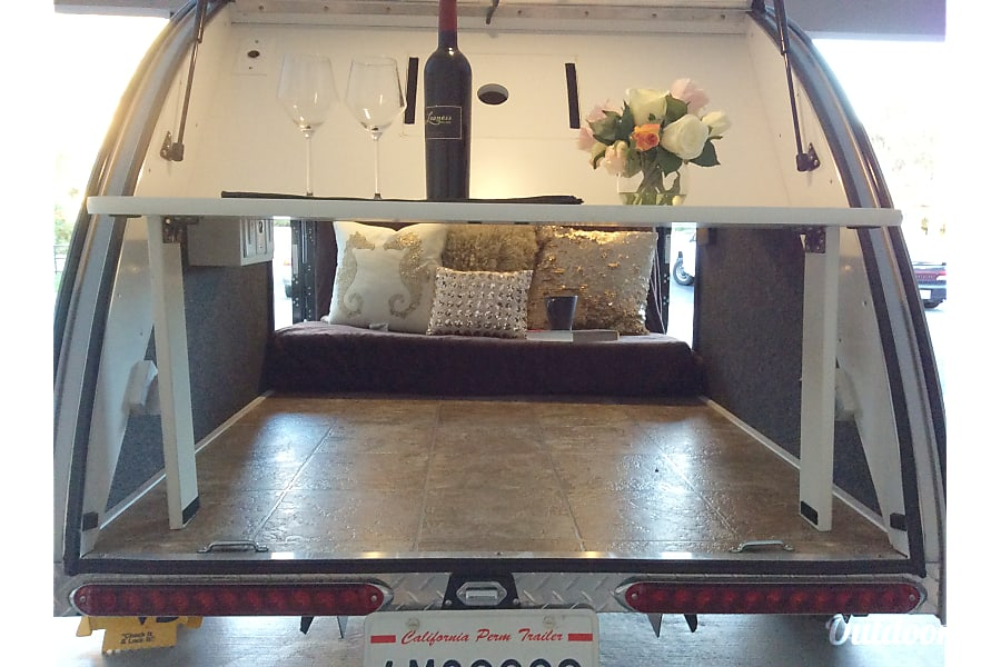 Tiny Teardrop To Go Solana Beach, California Use as a couch or a bed for 2