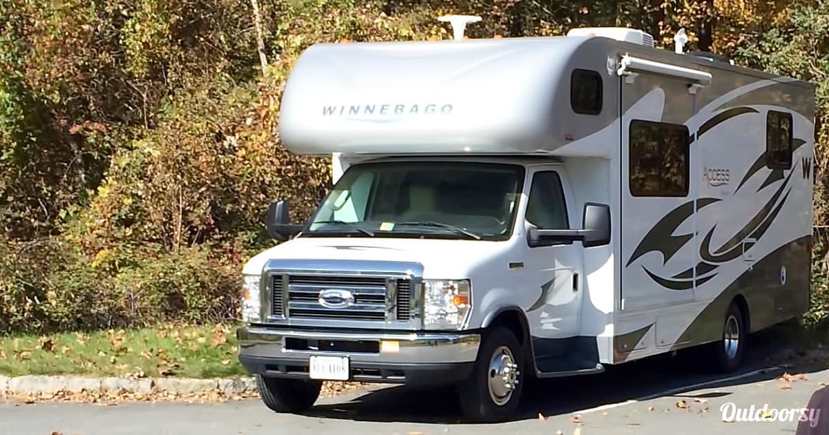 2014 Winnebago Access Premier 26 Motor Home Class C