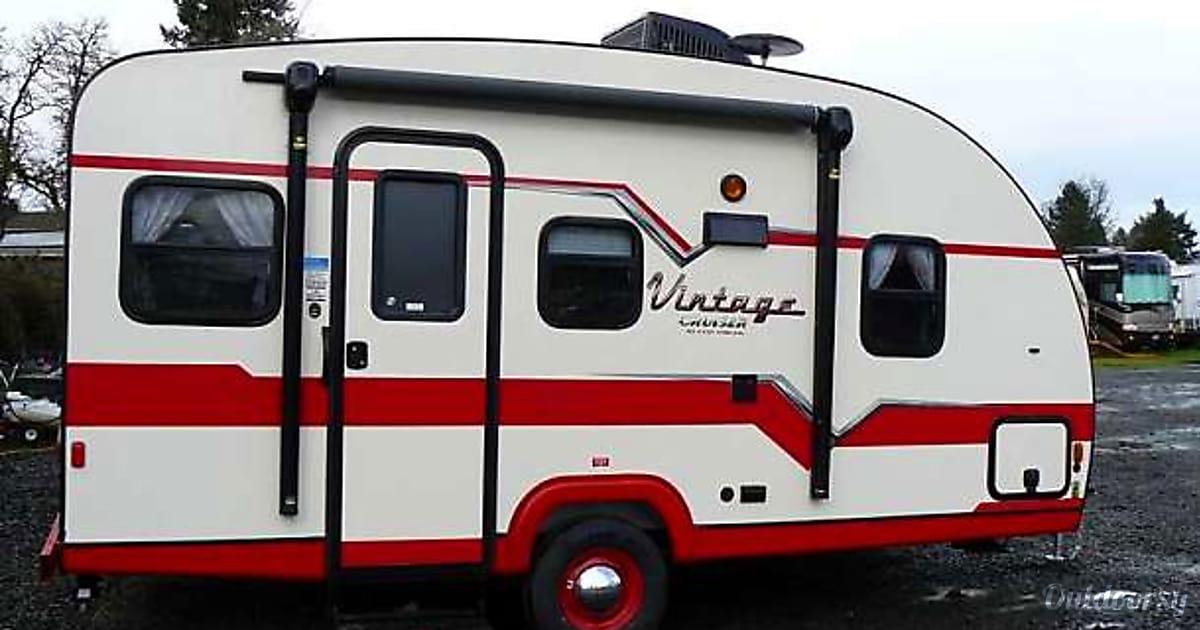 2017 gulf stream vintage trailer rental in st petersburg for Motor home rentals dallas