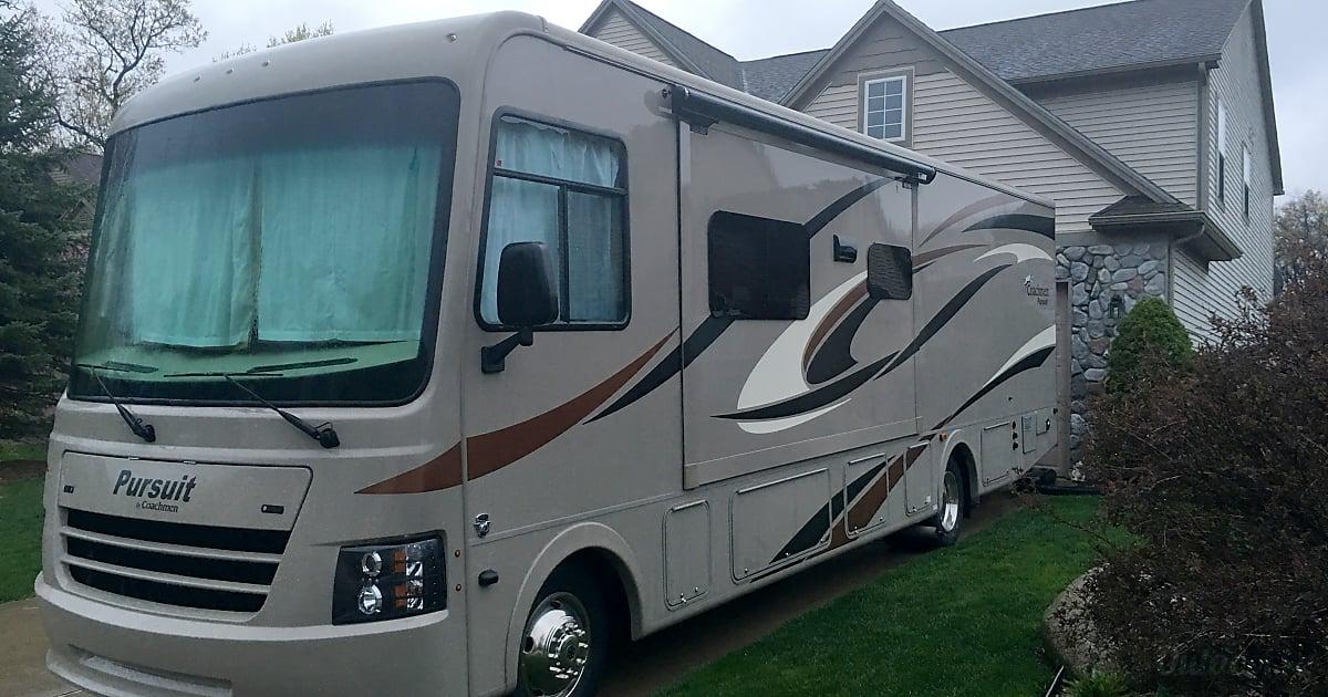 Rv Rental London Ontario >> 2017 Coachmen Pursuit Motor Home Class A Rental in Canton, MI   Outdoorsy