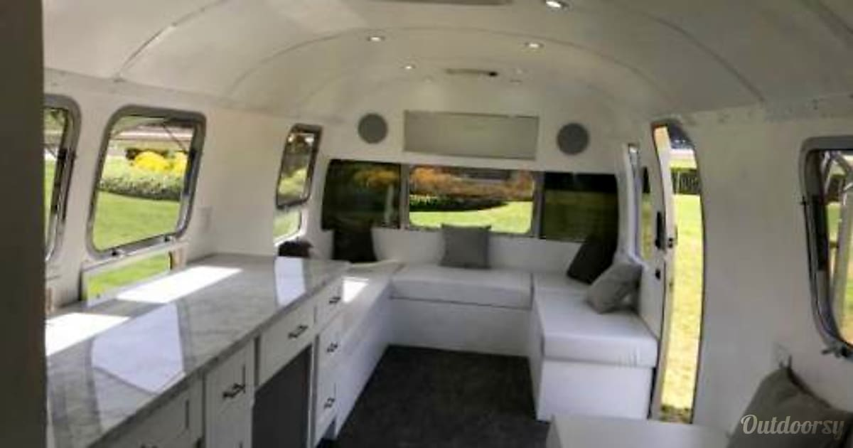 01990 Airstream Excella 34 Feet Mountain View CA