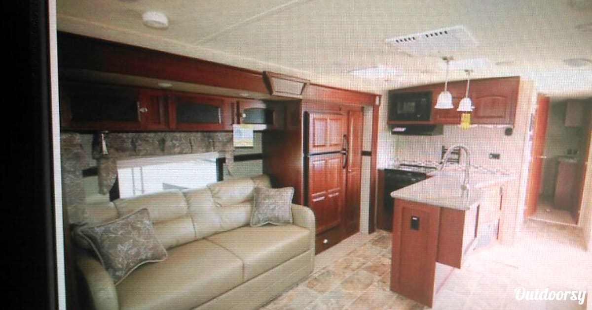 2015 Rockwood Windjammer 3049 Trailer Rental In Palm Coast