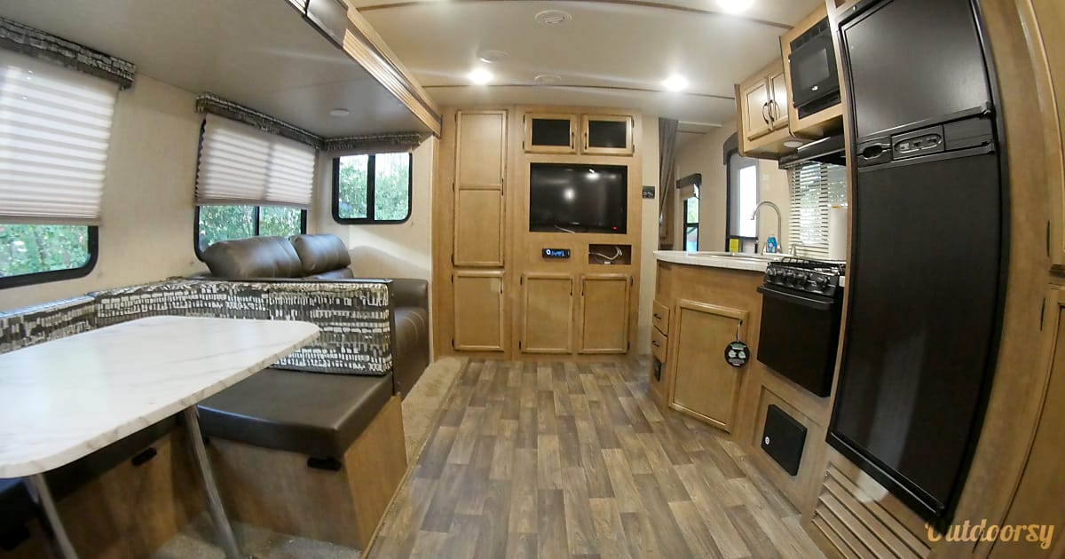2018 Launch Outfitter 27bhu Trailer Rental In Kissimmee