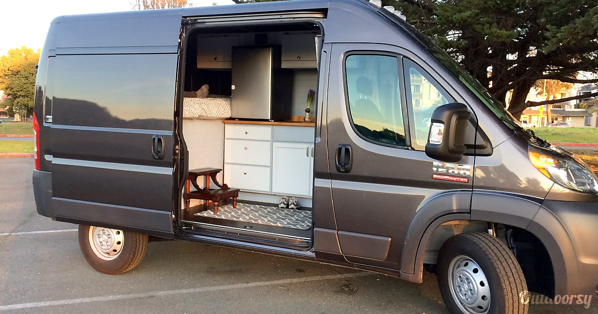 2017 Dodge Ram 1500 Promaster Motor Home Camper Van Rental