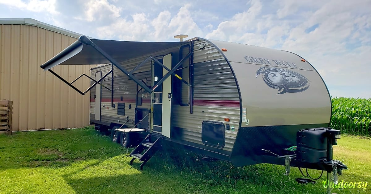 2018 Forest River Cherokee Grey Wolf Trailer Rental In