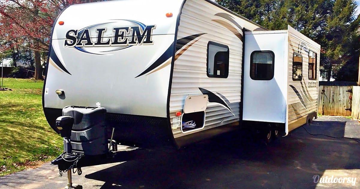 2014 Forest River Salem 30KQBSS Trailer Rental in Harrisburg