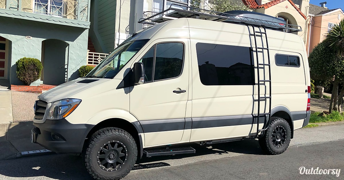 2017 Mercedes Sprinter Motor Home Camper Van Rental In San
