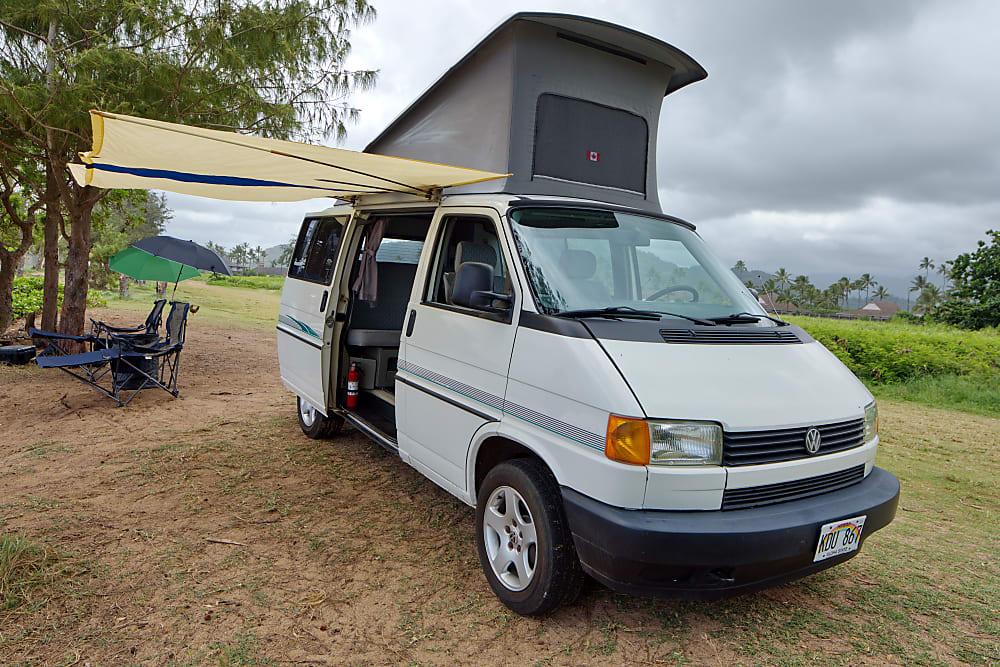 Photos | Liza, the pristine Hawaiian Euro van Full Camper ...