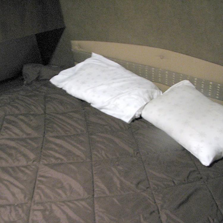 Master Queen Bed