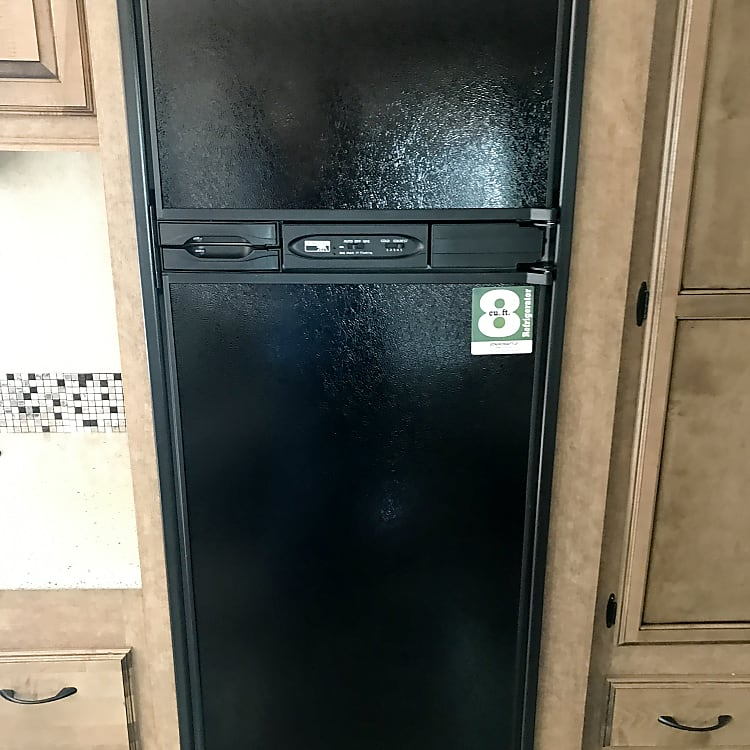 Large Fridge & Freezer