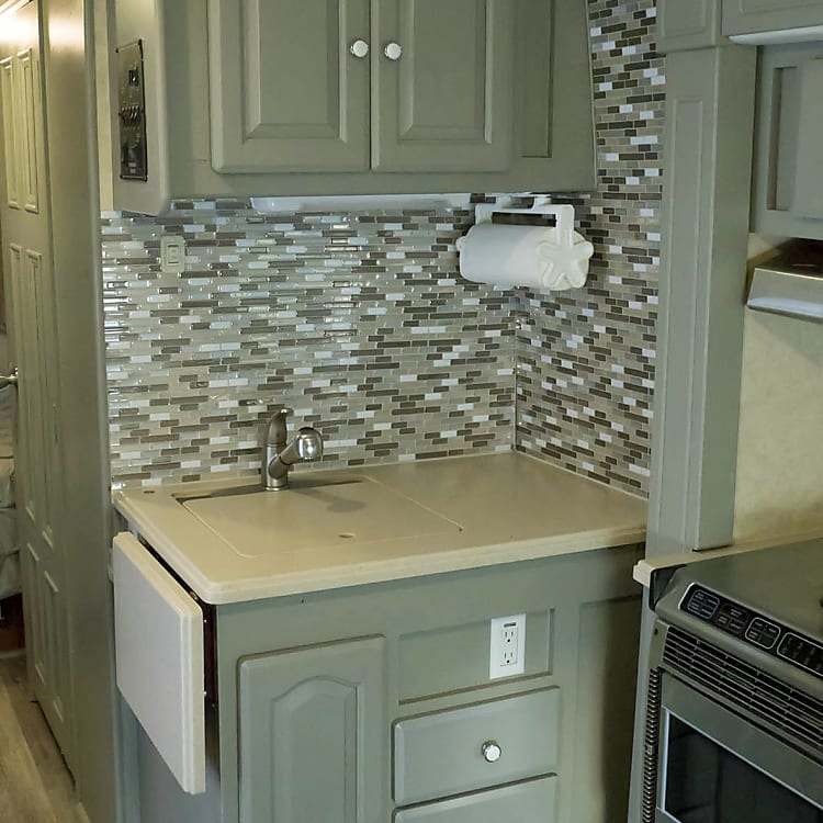 Nice kitchen area for preparing your favorite meals.