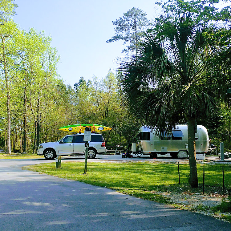 A joy to tow. Here we are near Emerald Isle, NC.