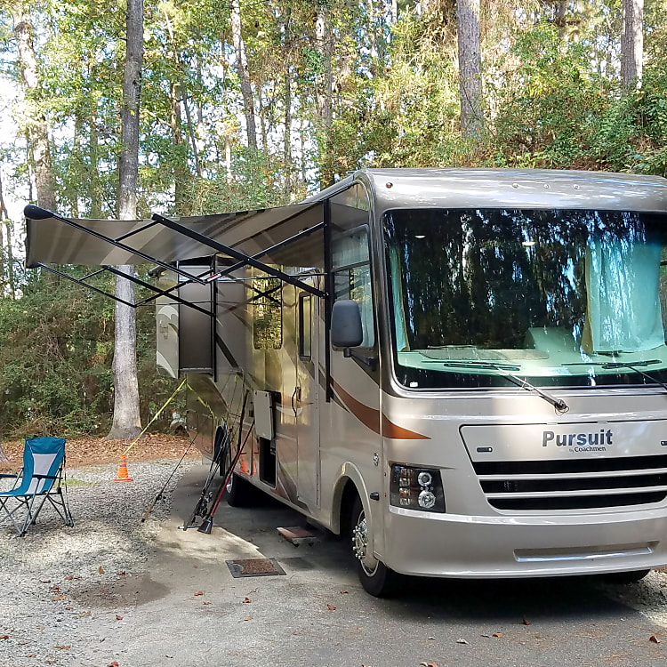 Fun camping with no bugs, air conditioning, and memory foam comfortable king size bed.
