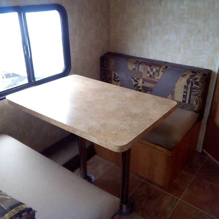 table drops to 3/4 bed