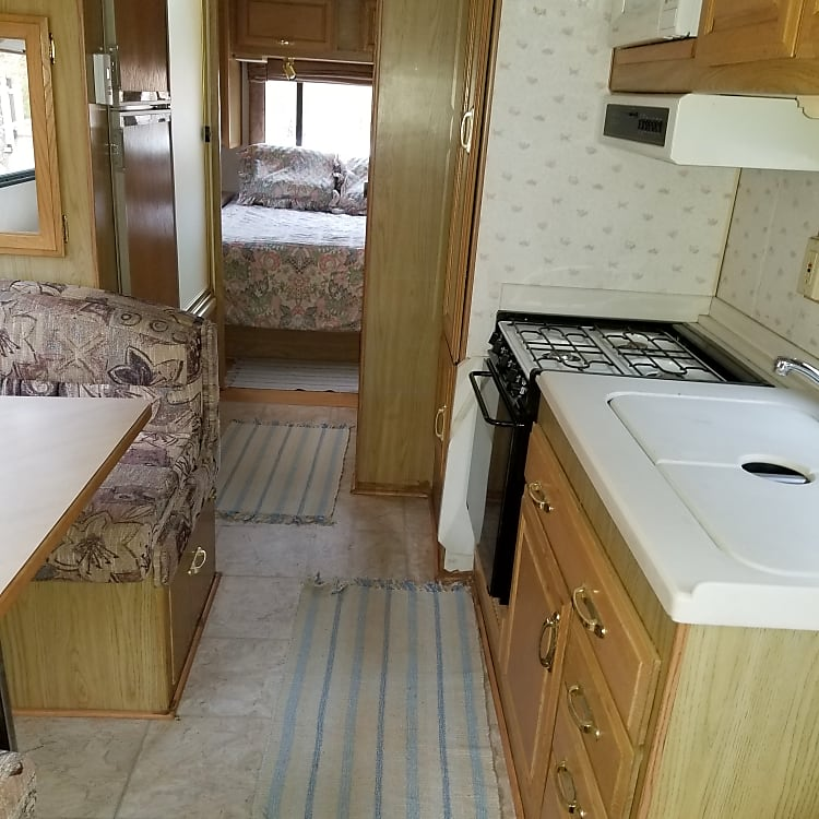 Pic of kitchenette and done the area