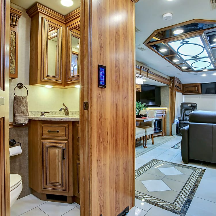 1/2 bath between galley and Executive stateroom