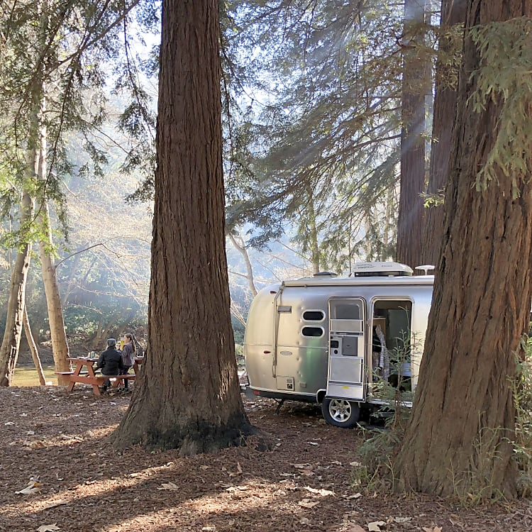 Perfect agile set-up to experience idyllic dry camping like this shot at one of our favorite site in Big Sur