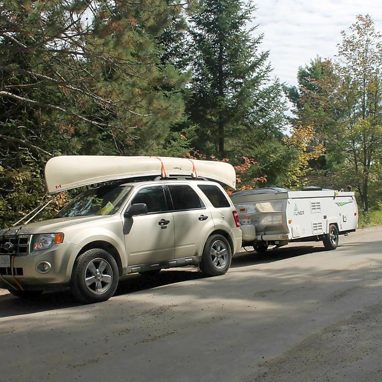Towing setup, Rock Lake Road, Algonquin Park.