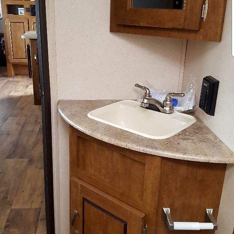 Bathroom sink with vanity
