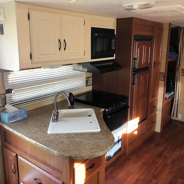 Sink, Microwave, Stove with Oven