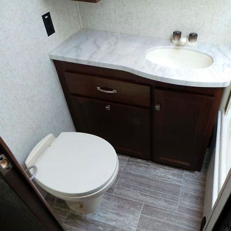 Bathroom with tub/shower included.
