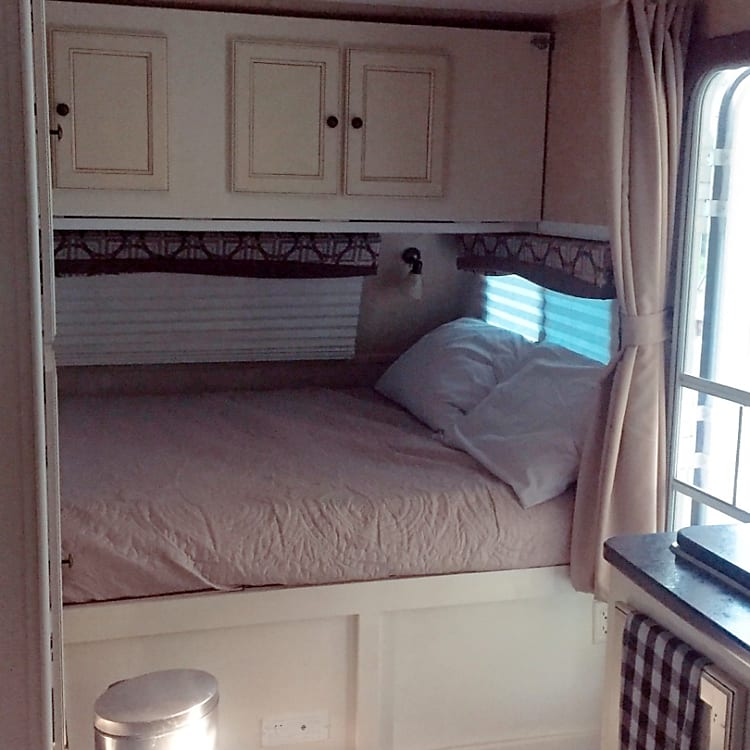 Master bed with top bunk
