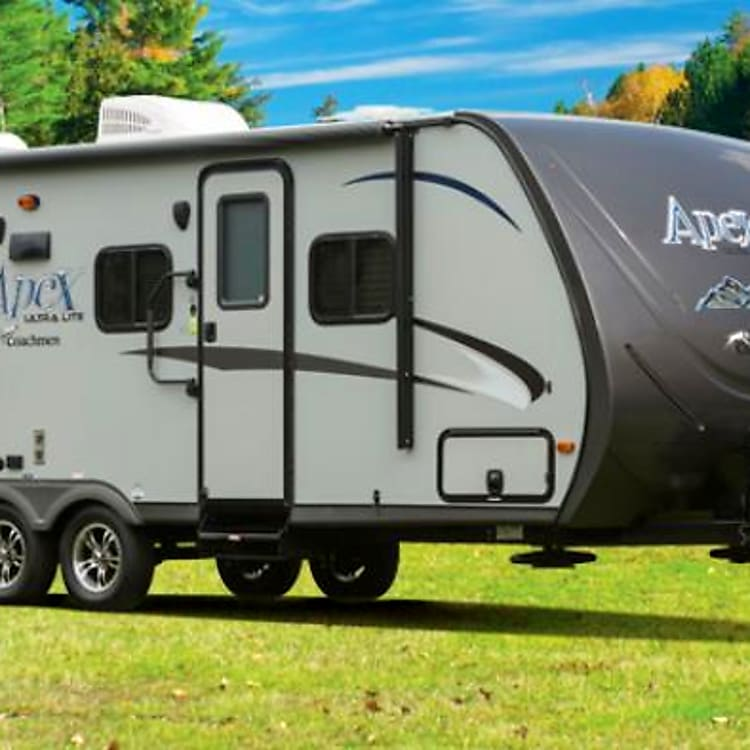 Coachmen APEX 245BHS - A 27.5 ft lightweight with an amazing layout. Features a queen bed, 2 double bunks, a full bath with tub, and a dinette that will seat up to 6. Make this your next rental!