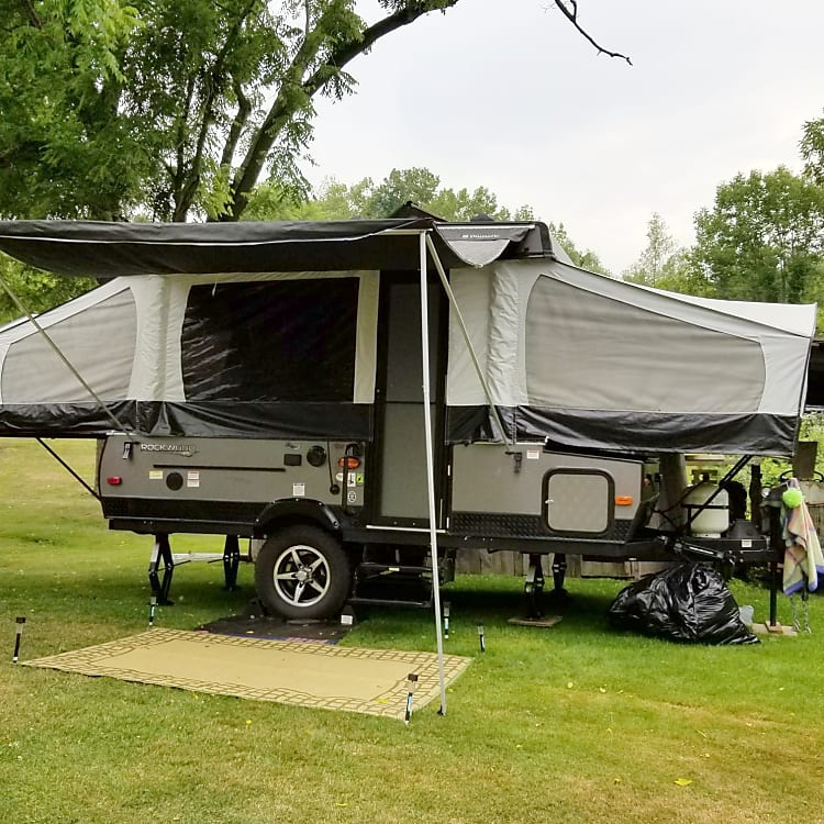 Front view w/awning open