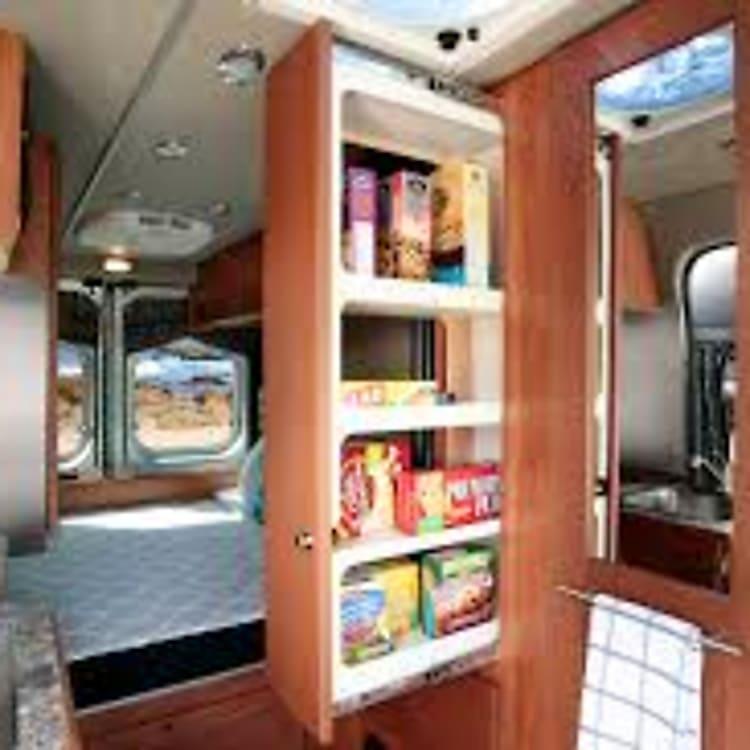 Convenient slideout pantry