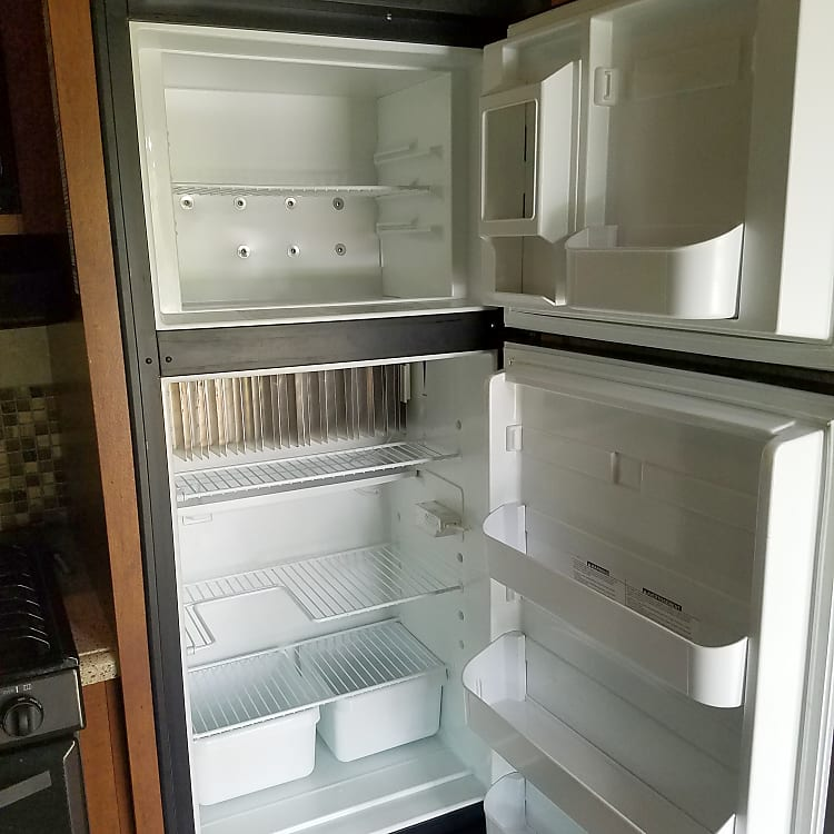 plenty of fridge space to keep food and drinks cold.