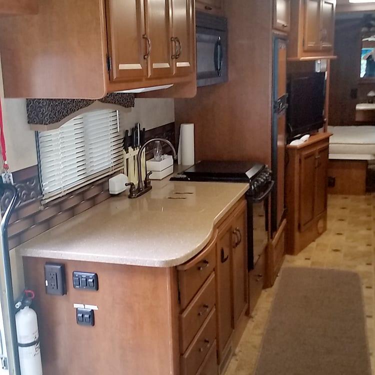 Kitchen sink ,stove,oven(Propane)
