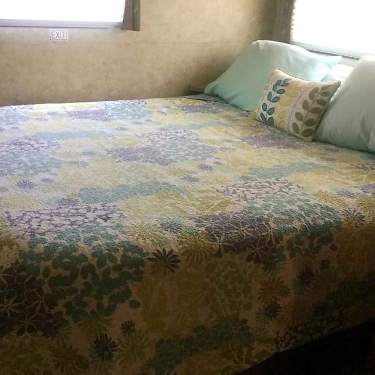 Master Bedroom - equipped with TV/DVD player with large closet and plenty of drawers.