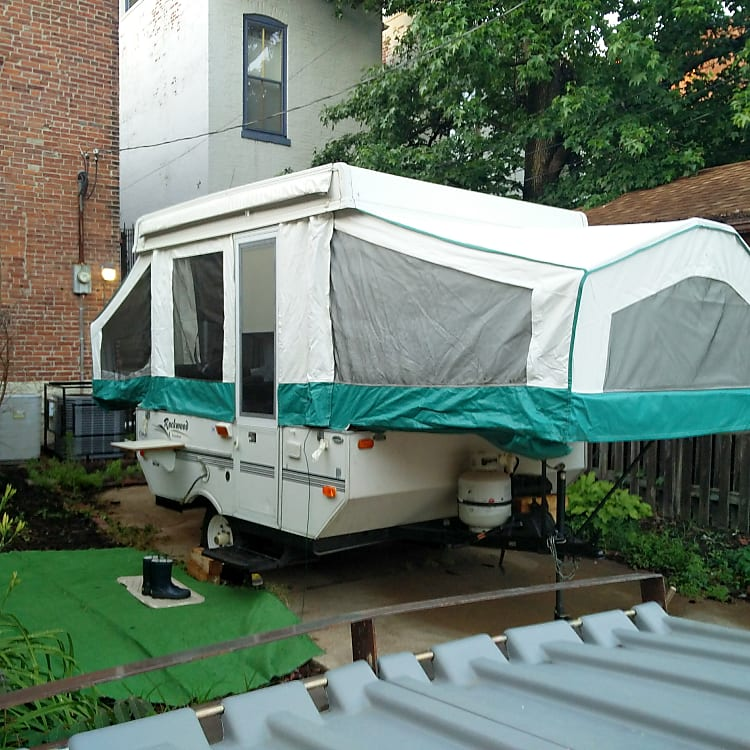 A well-maintained camper, easy to tow, park, set-up, and take-down. Has levelling feet, LP tank, 20 gallon fresh-water tank