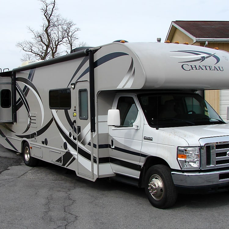 Spacious 32' fully equipped Gettysburg area