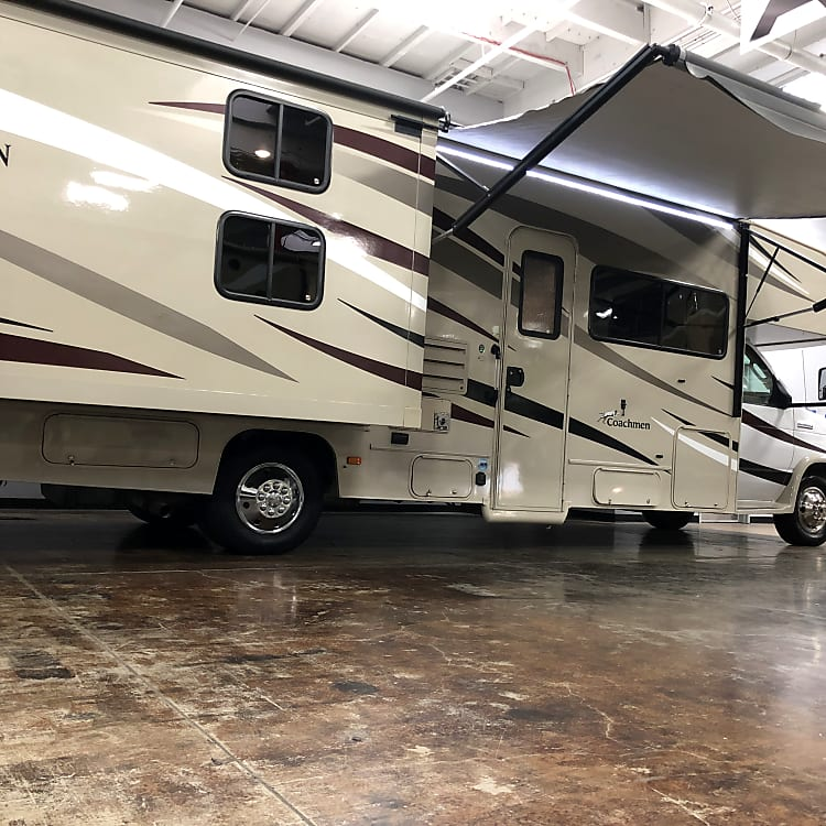 32 footer with automatic awning