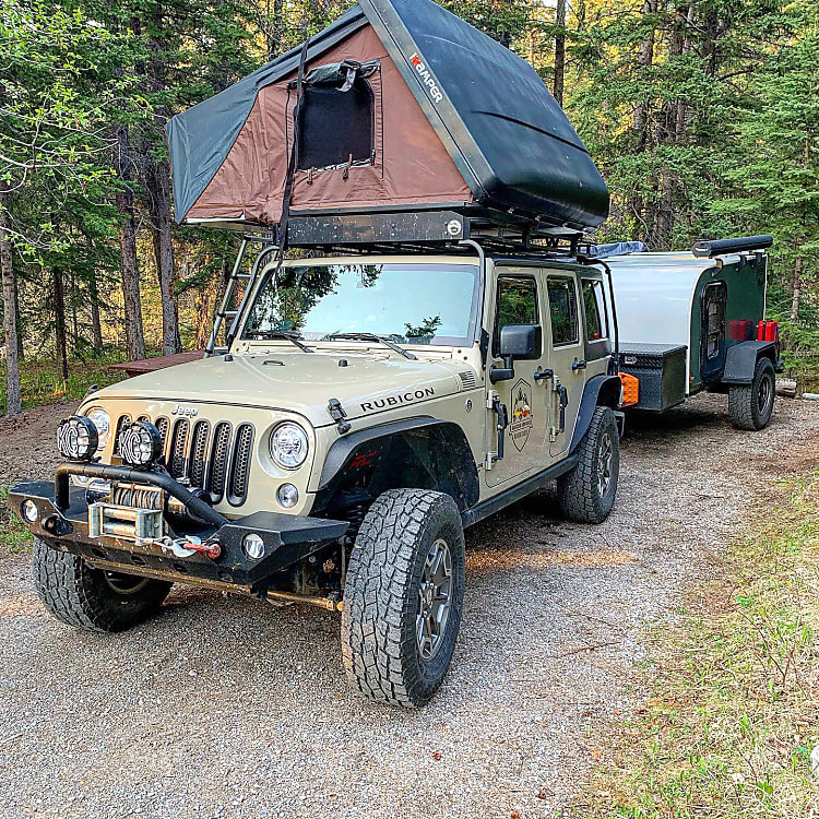 All our Jeep Rubicons are equipped with iKamper Roof Top Tents at no extra cost. iKamper tent sleeps two adults and two children, bedding is supplied, 2 inch padding, two windows and a sky light.