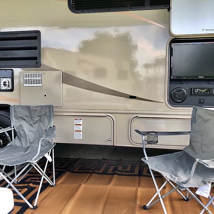 8 camping chairs provided, outdoor tv/sound system