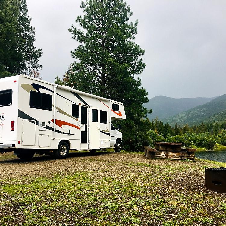 Camping the Shuswap or Okanagan Lake in style!!!